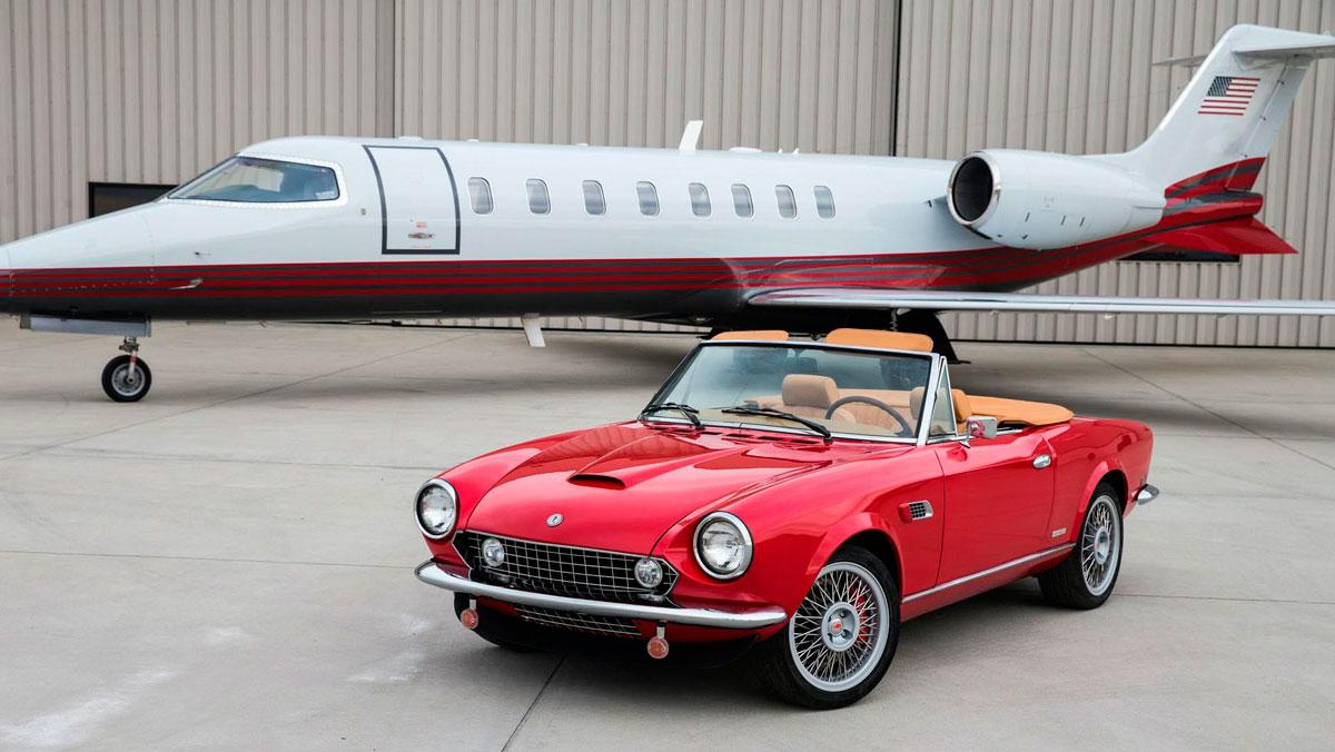 Roadster Salon Spider America EV