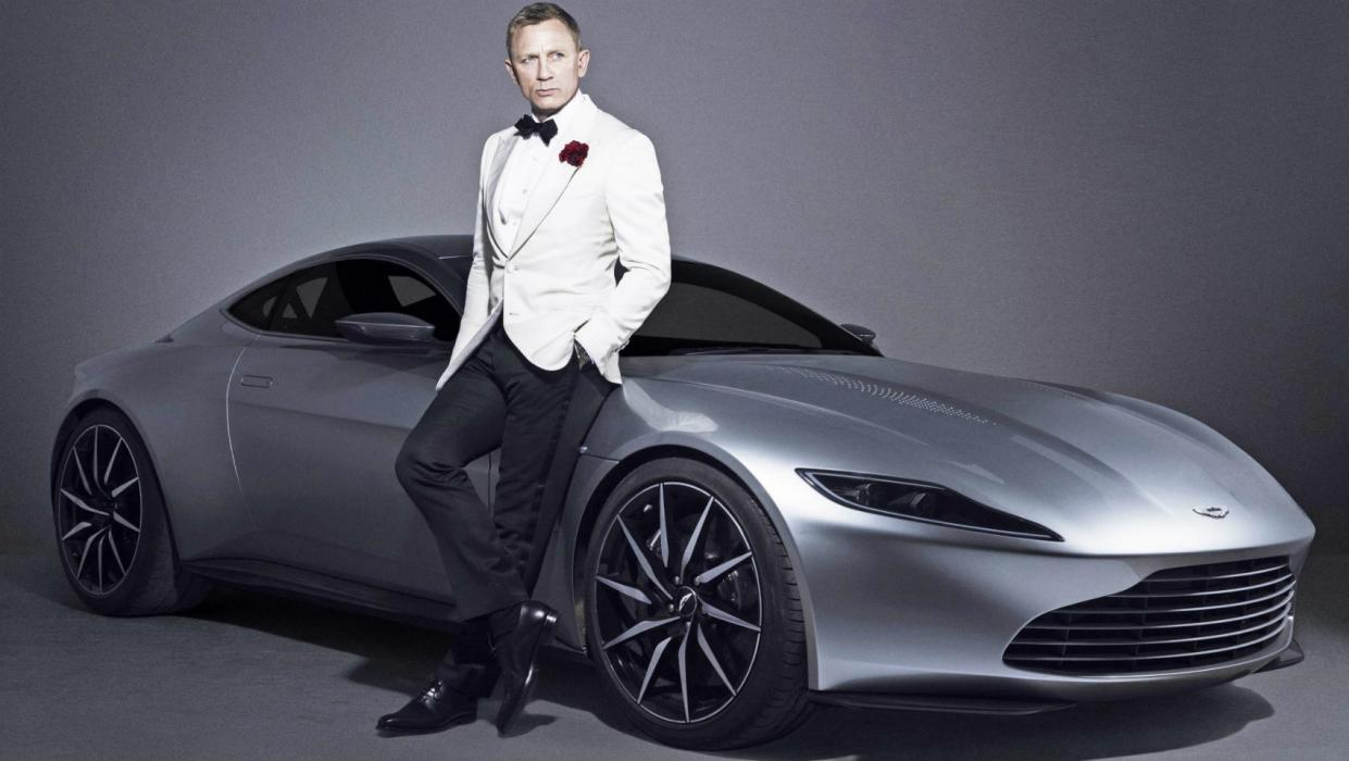 Aston Martin DB10 James Bond Spectre Portada