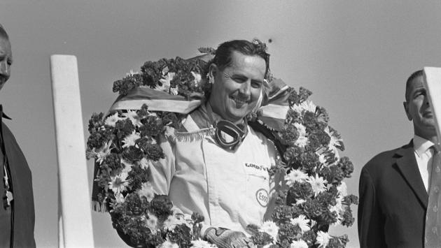 El piloto que se coronó empujando su F1