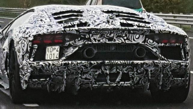 ¿Es éste el próximo Lamborghini Aventador Performante?