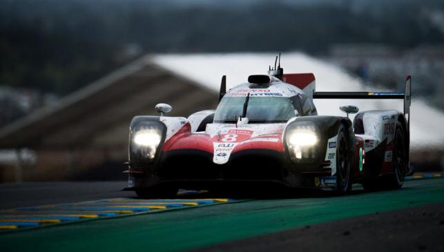 Fernando Alonso y Toyota ganan las 24 Horas de Le Mans