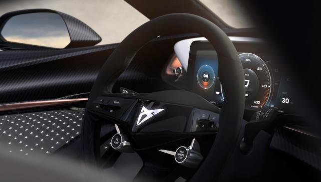 volante cuadro mandos fibra carbono alcantara