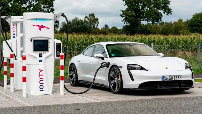 Porsche Taycan Ionity